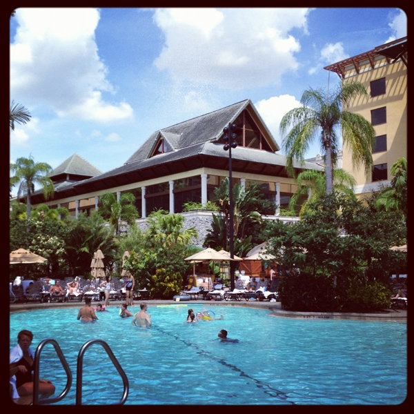 Unversal Resort Royal Pacific Pool